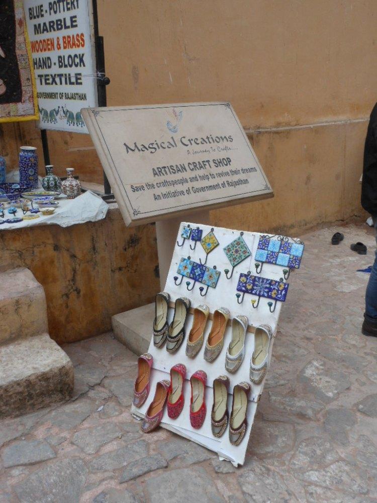 Famosos sapatos do Rajastão