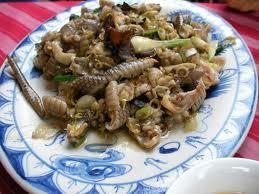 Outro prato feito de carne de cobra