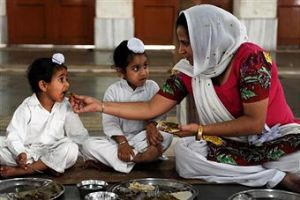 eating_india