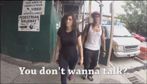 O incessante assédio a uma moça em Nova Iorque