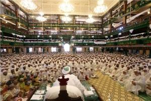 Moharram-discourses-at-Saifee-Masjid-in-Bhendi-Bazaar2