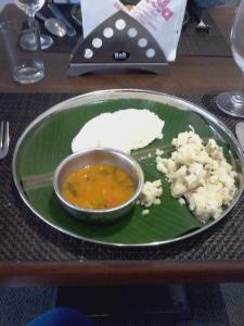 Café da manhã típico do sul da Índia. Mas, fora isso, o hotel não tinha muitas opções de café da manhã.