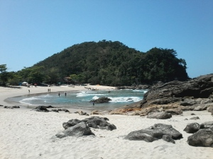 A paradisíaca praia de Trindade