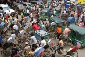 rikscha-traffic-dhaka-bangladesh-600x400