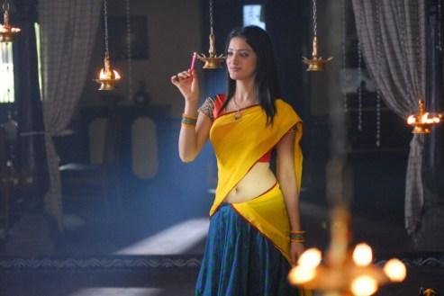 richa-panai-cute-half-saree-pictures
