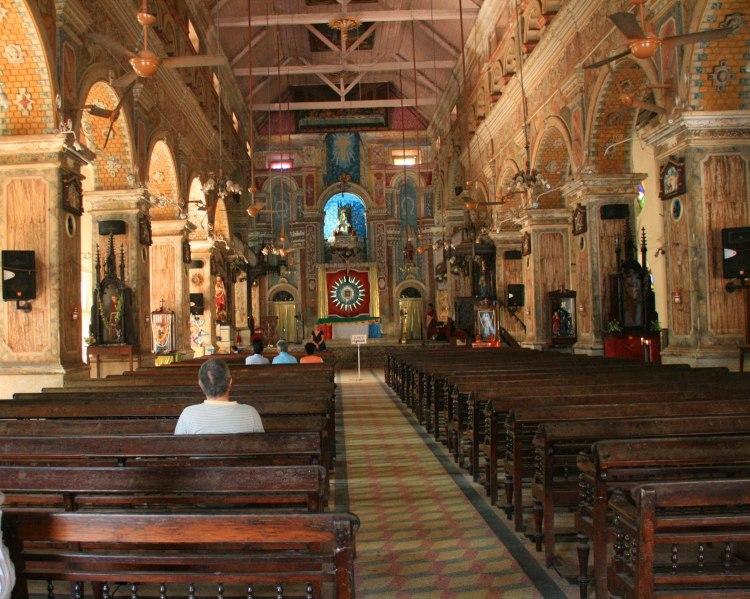 Resultado de imagem para santa cruz cathedral basilica church kochi kerala